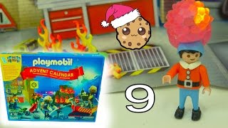getlinkyoutube.com-Fireman - Playmobil Holiday Christmas Advent Calendar - Toy Surprise Blind Bags  Day 9