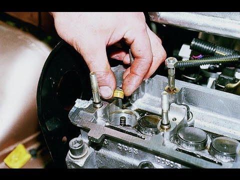 Где передние амортизаторы в VAZ 21103