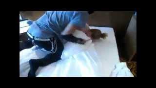 getlinkyoutube.com-larry (les twins) pillow fight