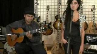 getlinkyoutube.com-Amy Winehouse - Back To Black (Live Acoustic)