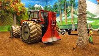 getlinkyoutube.com-RC TRACTORS vs. a STRONG TREE - farm toys in action