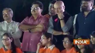 getlinkyoutube.com-HOT Debate Between Anupam Kher and JNU Students in the Campus