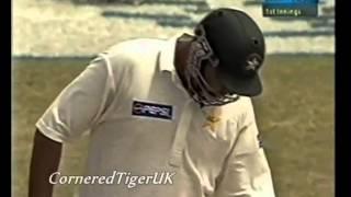 getlinkyoutube.com-Can Sachin or Lara play an inning like this?..Top 3 batsmen