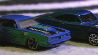 getlinkyoutube.com-MONSTER TRUCKS VS Hot Wheels TOY CARS Traffic Jam!