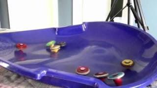 getlinkyoutube.com-50 way beyblade battle