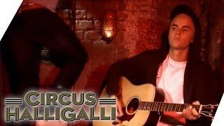 getlinkyoutube.com-Justin Bieber im Keller | Circus Halligalli | ProSieben