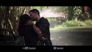 Richa chadda hot kissing scene's