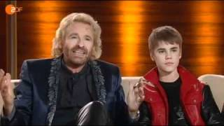 getlinkyoutube.com-Talk with Justin Bieber on Wetten Dass..? (Germany the 19th March 2011)