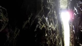 "getlinkyoutube.com-Hike through the ""the Crack"" at Neys"