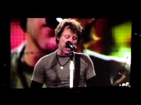 Bon Jovi  - Start Me Up / I'll Sleep When I'm Dead , Boston 2011.MOV