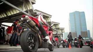 getlinkyoutube.com-Ducati Thailand DRE - Ladies Course