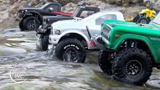 getlinkyoutube.com-RC Scale Cars in River crossing Trail, Gmade Komodo, Axial SCX10, Tamiya Toyota