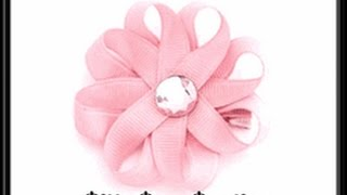 getlinkyoutube.com-How To Make A Small Ribbon Flower Hair Bow