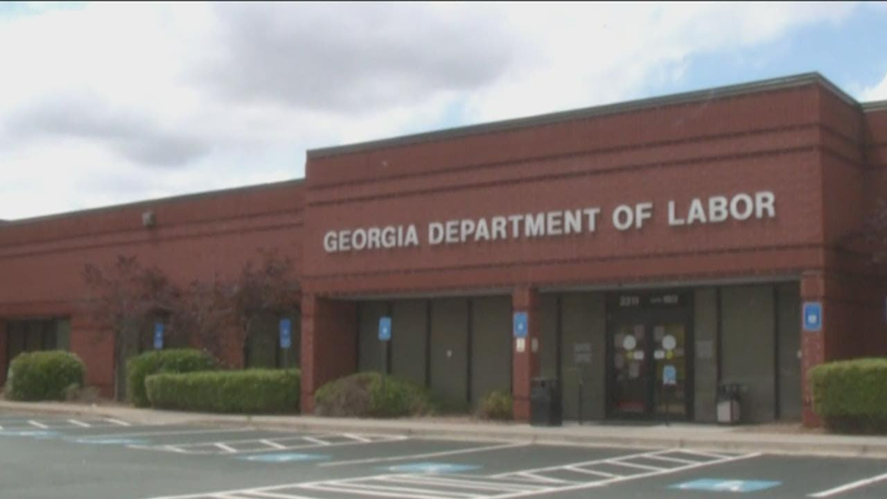 Woman called Georgia Department of Labor 900 times
