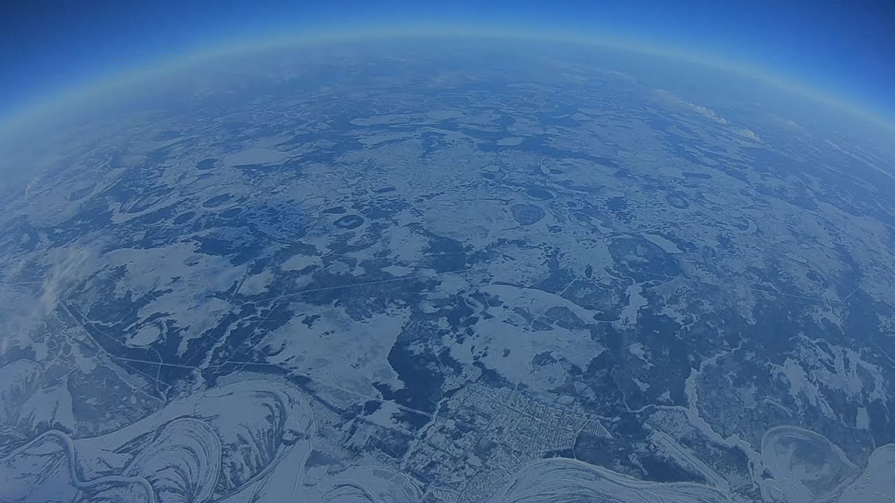 Dron ruso volando a 10km de altitud 🛩️