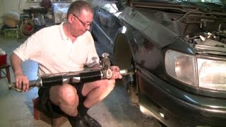 Replacing steering gear boot on an Audi 100 A6 C4