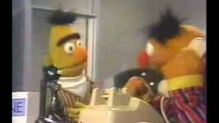 getlinkyoutube.com-Ernie and Bert - Because i got high (hilarious)