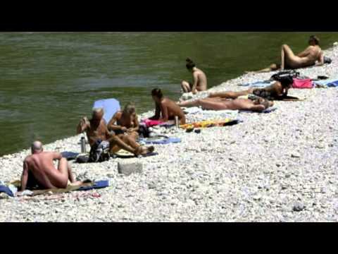 Cidade de Munique se torna a primeira do mundo a permitir o nudismo