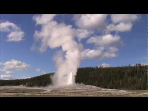 Old Faithful geyser eruption live