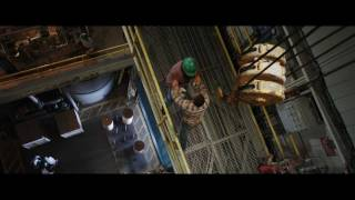 getlinkyoutube.com-Final Destination 5 - Roy's Death (1080p)