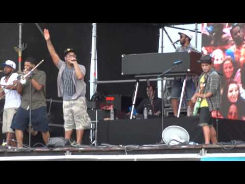 BRUNO MARS - BILLIONAIRE pt2 @ MAR DEL PLATA, FIESTA DE LA P 21-01-2012 1080p FULL HD STEREO DOLBY