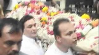 getlinkyoutube.com-Amitabh Bachchan Turns Bodyguard For Late Shammi Kapoor - Latest Bollywood News
