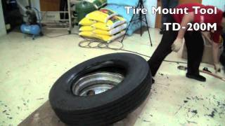getlinkyoutube.com-How To Change Tire Manually In Less Than 3 Minutes