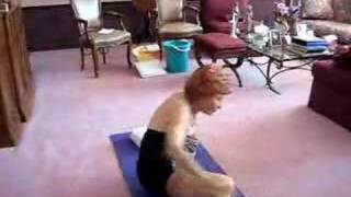 getlinkyoutube.com-great grandma amazing contortionist