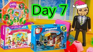 getlinkyoutube.com-Polly Pocket, Playmobil Holiday Christmas Advent Calendar Day 7 Toy Surprise Opening Video