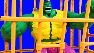 getlinkyoutube.com-Incredible Hulk Electronic Rage Cage With solomon Grundy Imaginext Wrestler