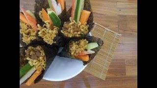 Temaki จาก บะหมี่กึ่งสำเร็จรูปพรีเมี่ยม Little Cook tonkotsu spicy miso