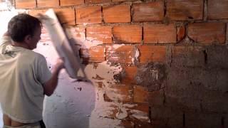 getlinkyoutube.com-video aula de como aplicar gesso em paredes 70% de economia