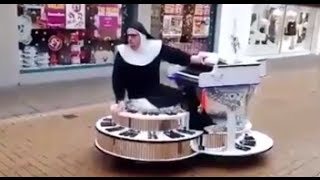 getlinkyoutube.com-Zabawna zakonnica !!! :)