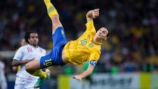 getlinkyoutube.com-Zlatan Ibrahimović - Top 10 Goals Ever