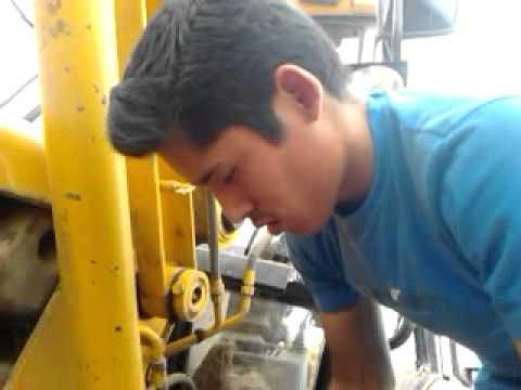 hacer un buen mantenimiento a las maquinas pesadas