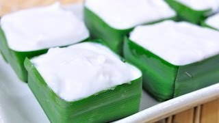 getlinkyoutube.com-Thai Dessert - Water Chestnut and Coconut Custard Topping  (Ta Ko Haew)