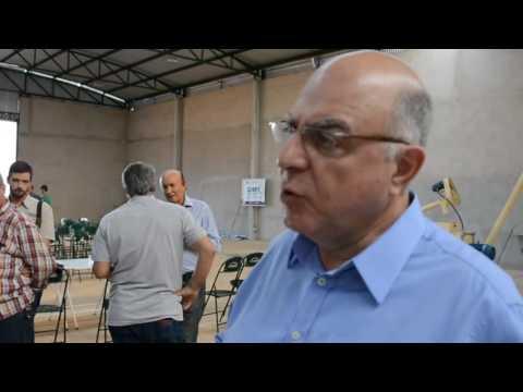 Secretário da Agricultura Arnaldo Jardin. visita obras da COOARPA