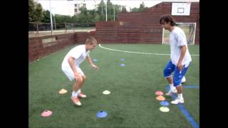 getlinkyoutube.com-Soccer drills - Reaction speed / first touch