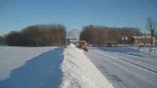 getlinkyoutube.com-Oshkosh snow plow movie