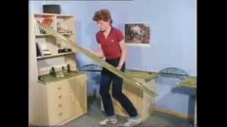 getlinkyoutube.com-Kleine Welt auf Rädern, Folge 2 - Der Zugbetrieb auf der Modellbahn-Anlage (1982)
