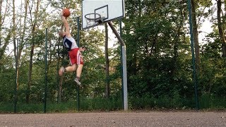 getlinkyoutube.com-5'7'' White Kid Dunks After 6 Months Of Training