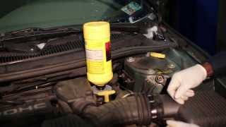 getlinkyoutube.com-How to perform brake flush using an air powered vacuum bleeder