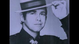 getlinkyoutube.com-Elton John - The Fox (1981) With Lyrics!