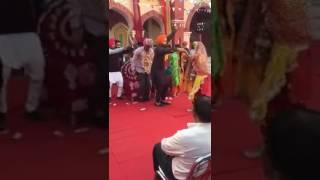getlinkyoutube.com-Punjabi marriage funny video