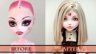 getlinkyoutube.com-Work in Progress Red Riding Hood (Chaperon Rouge) - Monster High Faceup how to repaint a doll