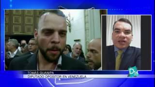 El diputado opositor Tomás Guanipa explica