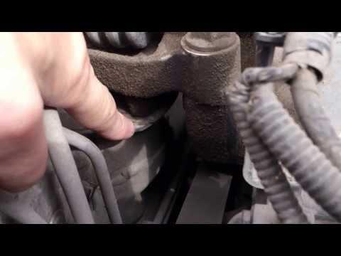 Honda Civik 1,8 AT шум двигателя видео 2 причина