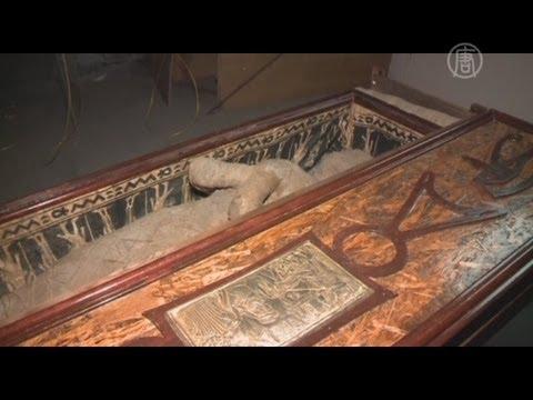 На чердаке была найдена древняя мумия