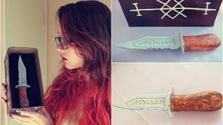 getlinkyoutube.com-D.I.Y. Faca da Ruby - Sobrenatural | Ruby Knife - Supernatural