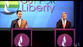 """getlinkyoutube.com-Austin Petersen's On-Stage Meltdown, Penn: """"Let Gary Johnson Answer!"""""""